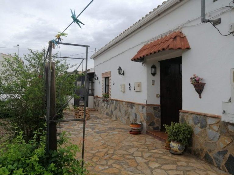 [:es]La vivienda del mes: La casa del Aljibe en Alhama de Murcia[:]